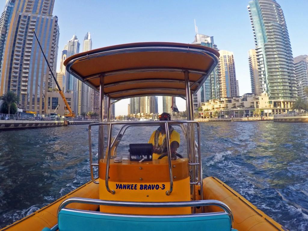 Bootsfahrt durch Dubai