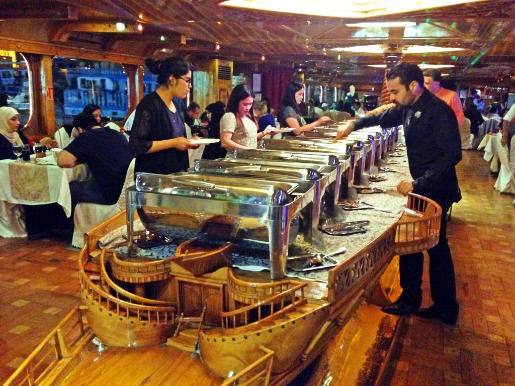 Buffet Dubai Dinner Cruise