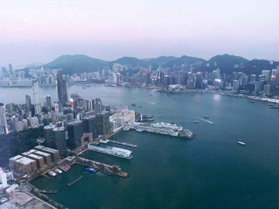 Vom Hong Kong Kreuzfahrthafen in die Innenstadt